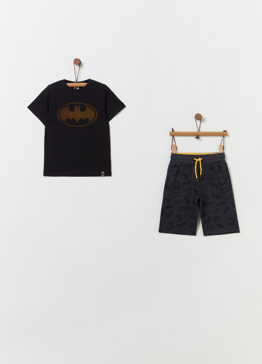 Batman T-shirt and shorts jogging set