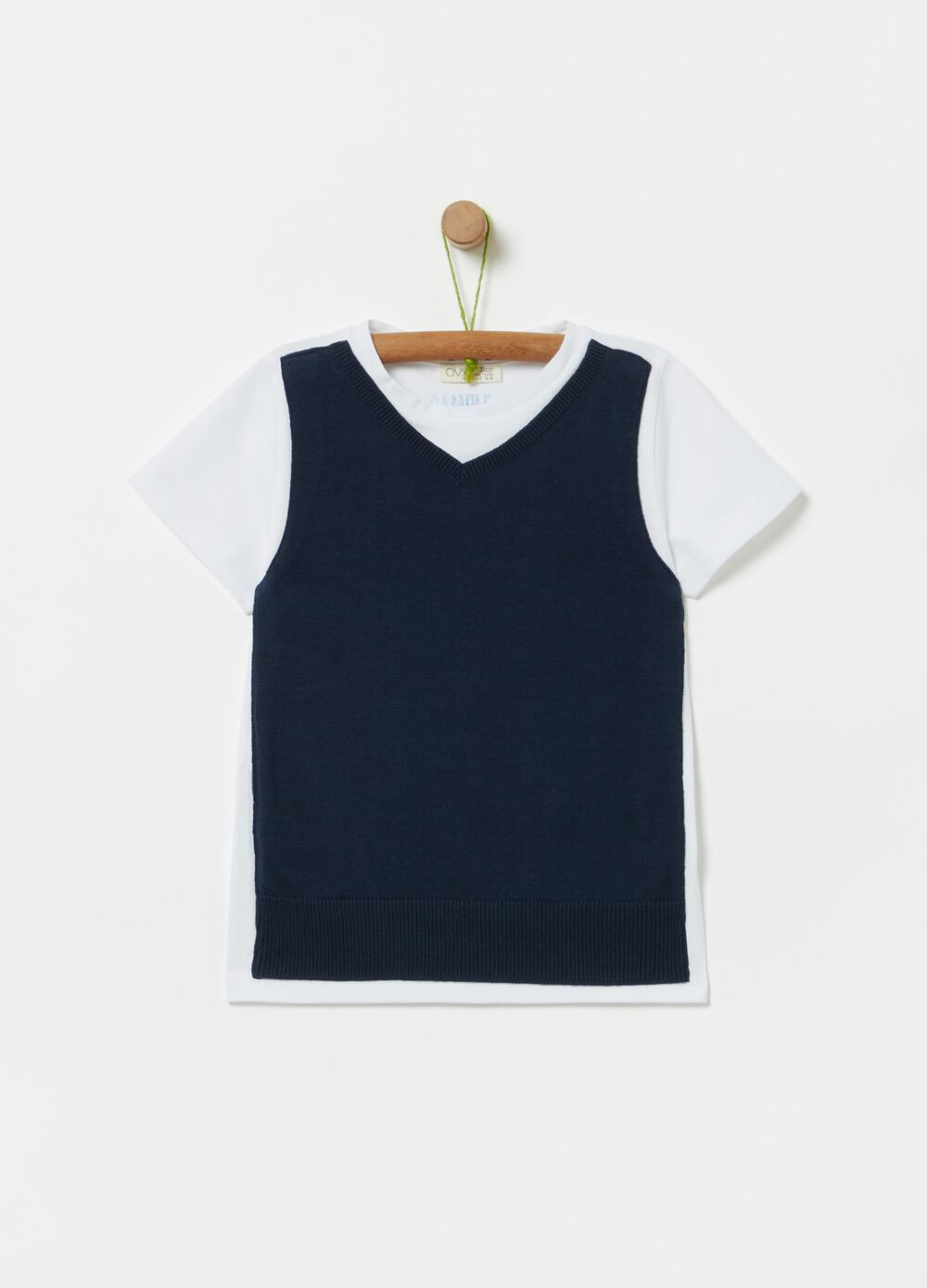 100% organic cotton T-shirt with gilet