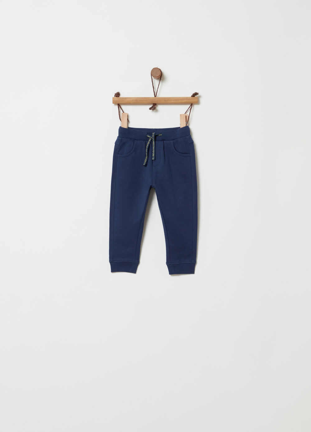 Trousers with drawstring with drawstring and ribbing