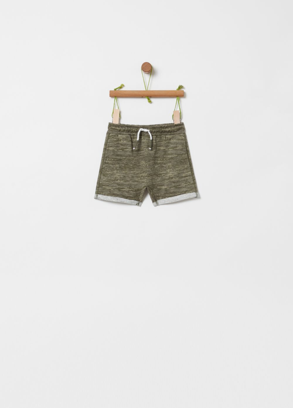 Shorts in 100% organic cotton with drawstring