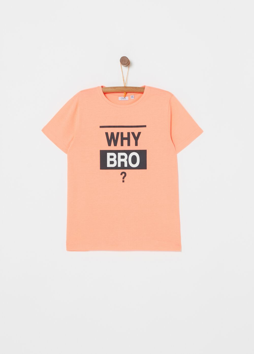T-shirt with printed lettering