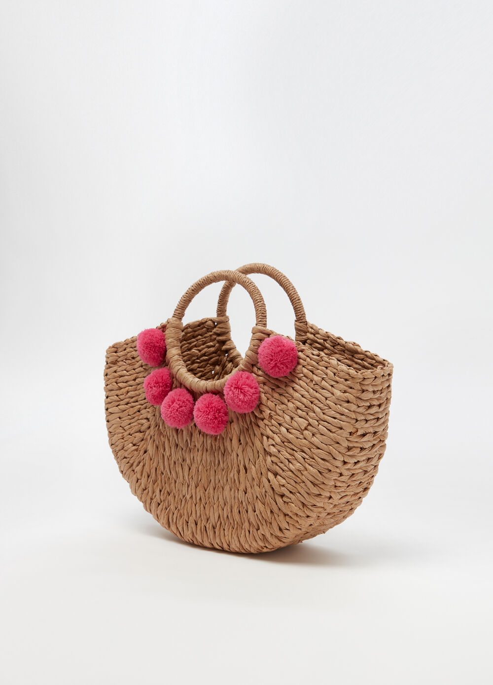Beach bag with pompoms