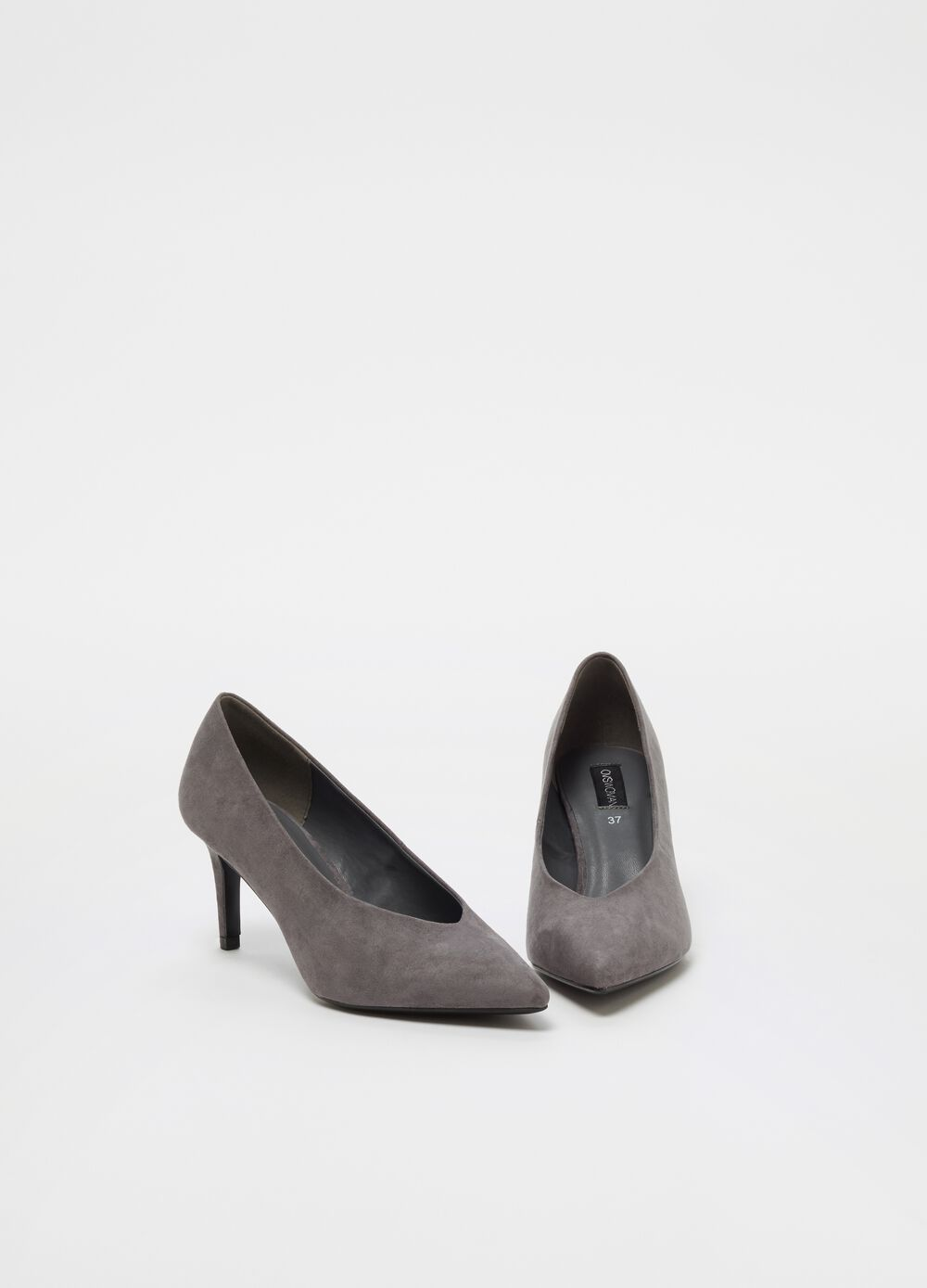 Pointed court shoe in microfibre with heel