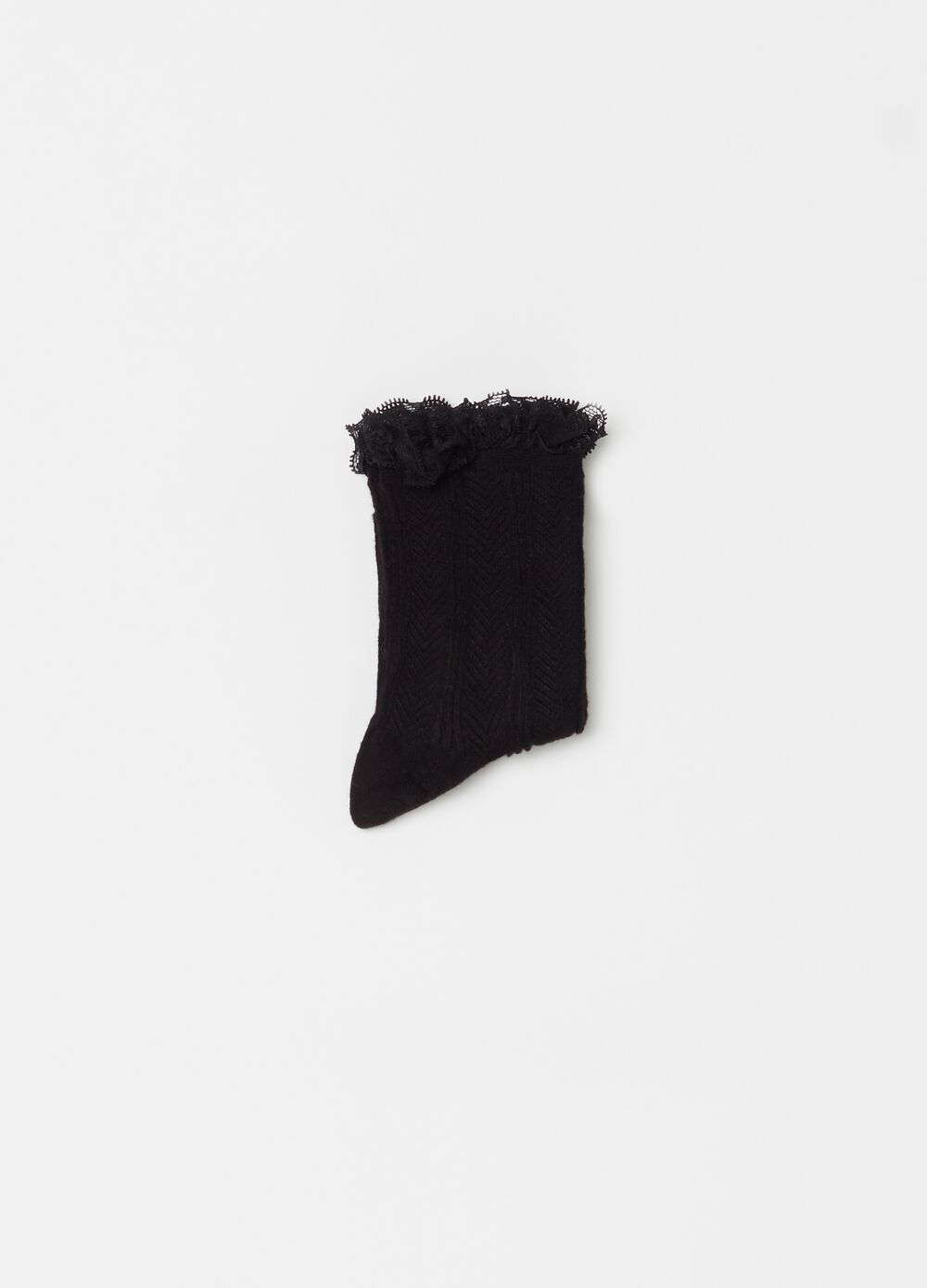 Solid colour short socks with lace