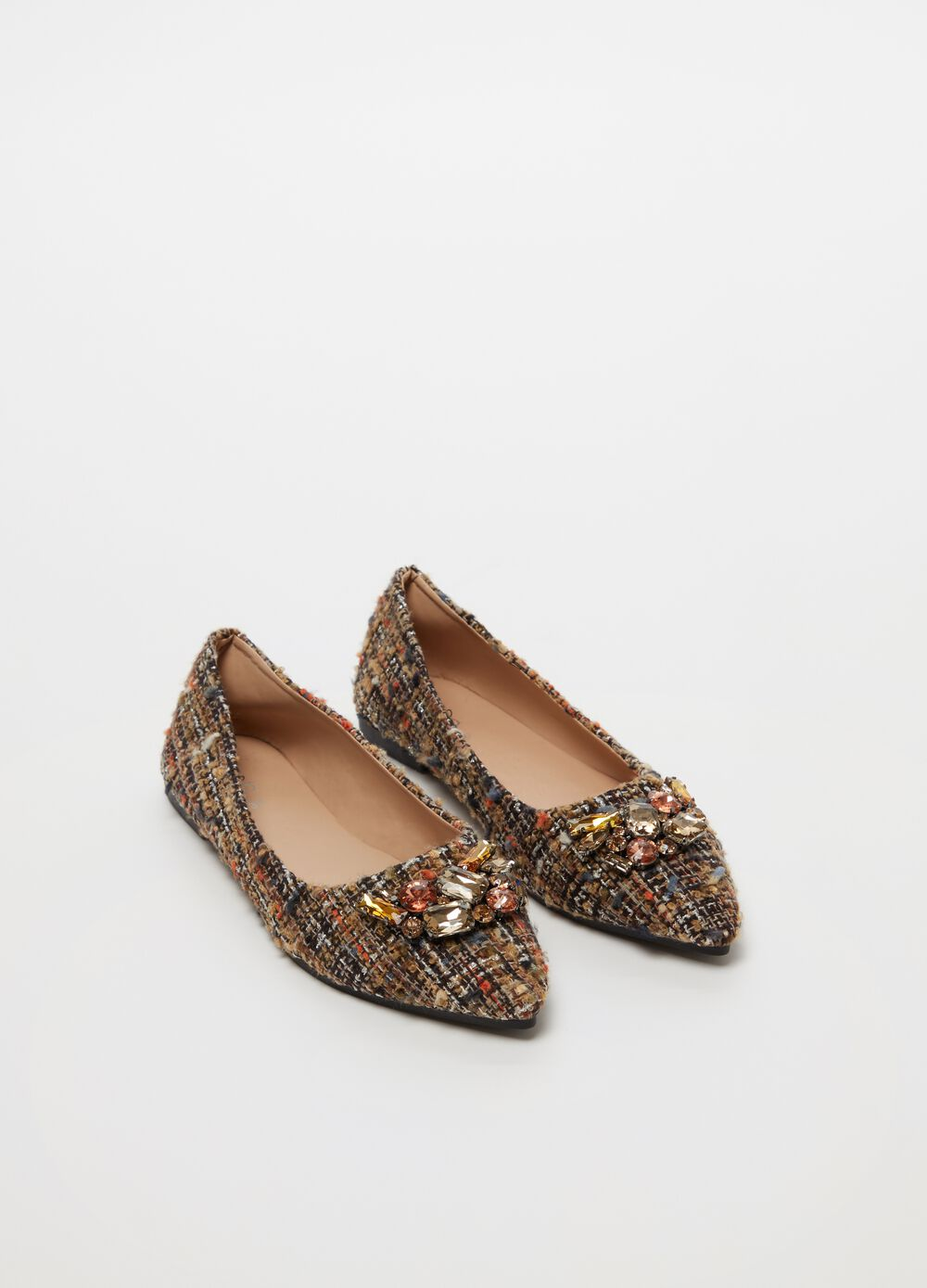 Pointed ballerina flats with stones and flat heel