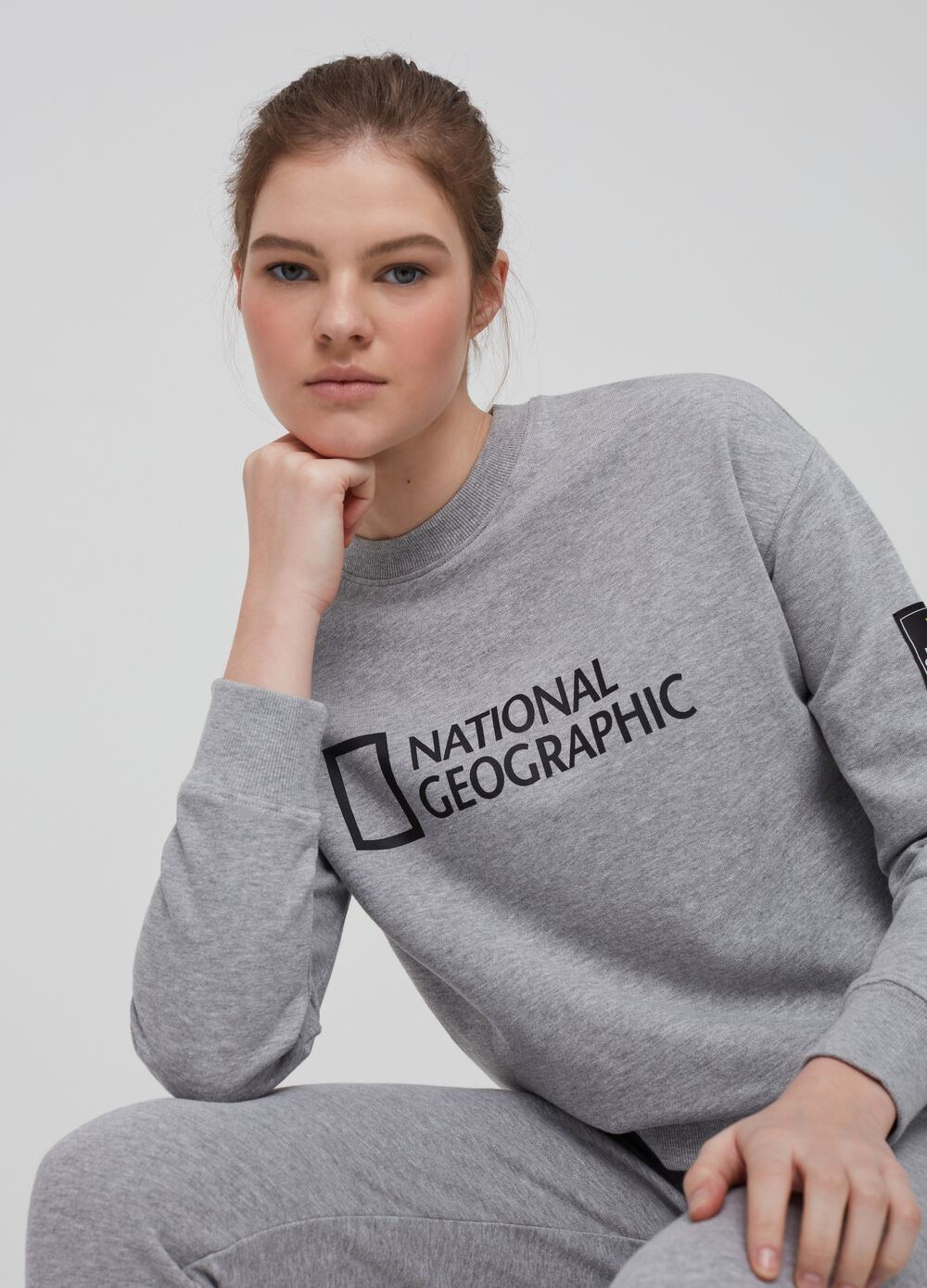 National Geographic sweatshirt in organic cotton