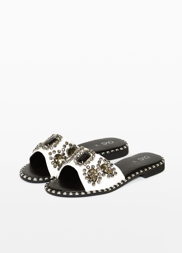 Sabot sandals with diamantés and opening