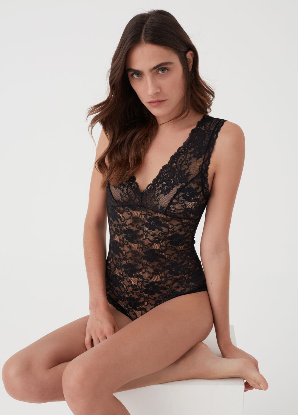 V-neck stretch lace bodysuit top