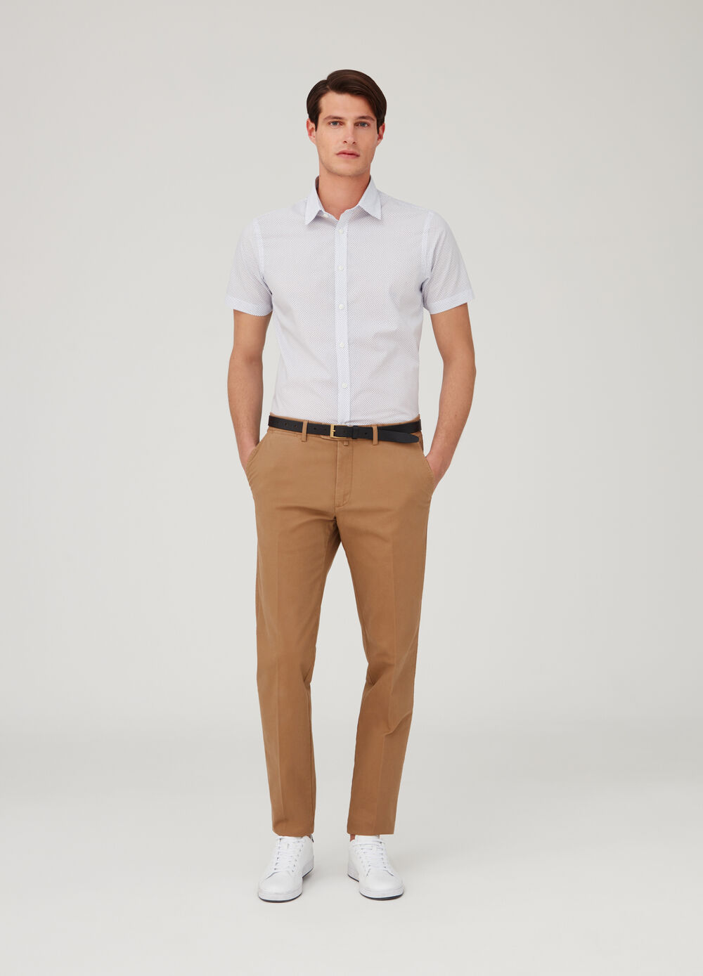 Regular-fit shirt with micro polka dot pattern