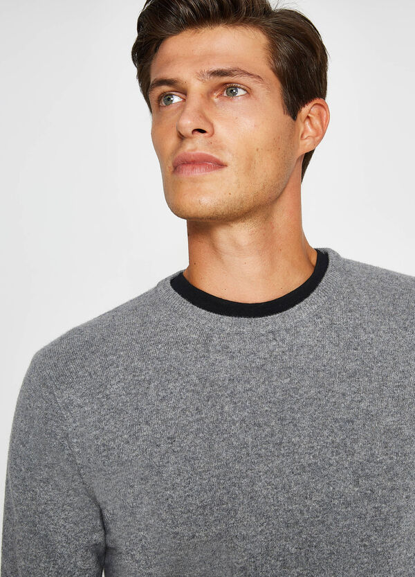 Crew neck pullover in 100% wool | OVS