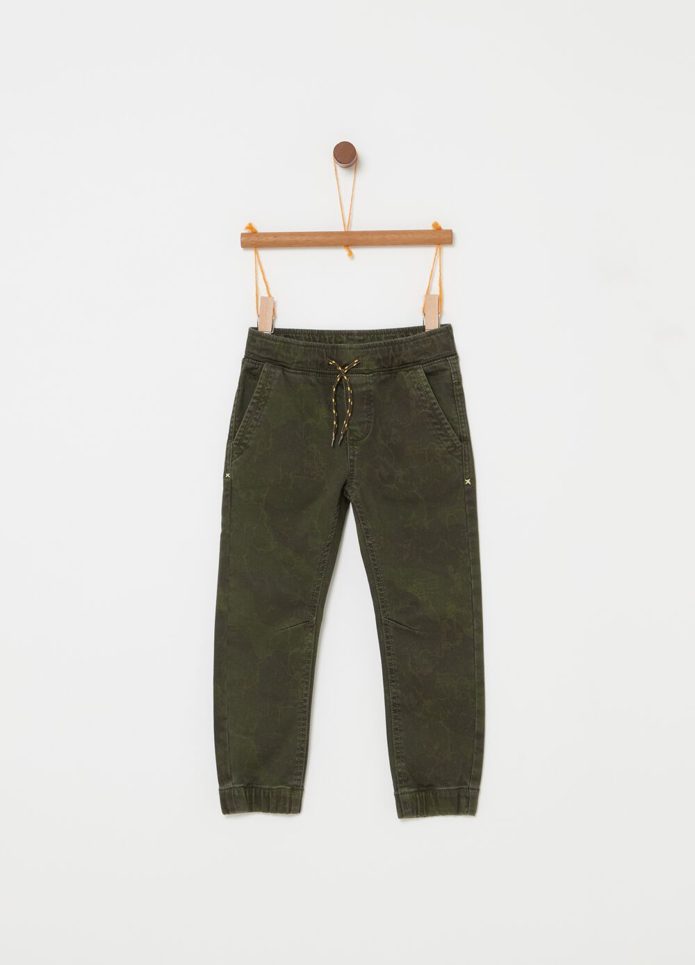 Jogger trousers in camouflage denim