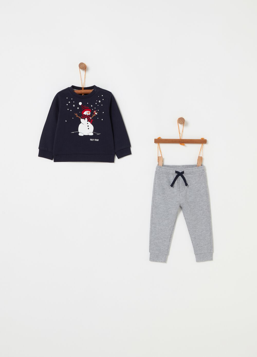 Jogging set with snowman print