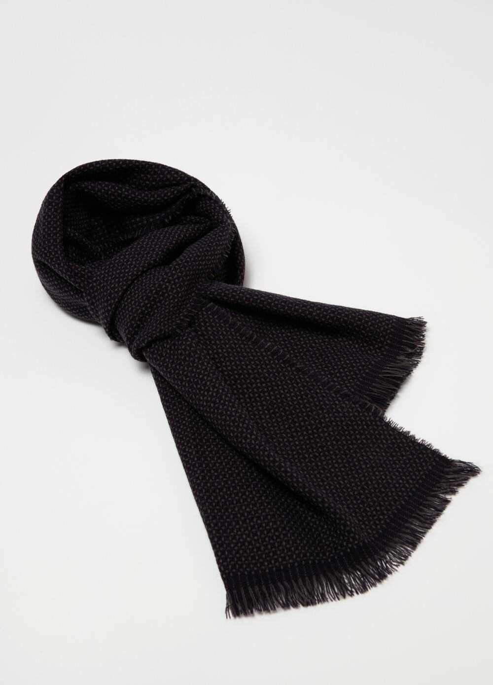 Scarf with geometric embroidery and fringing