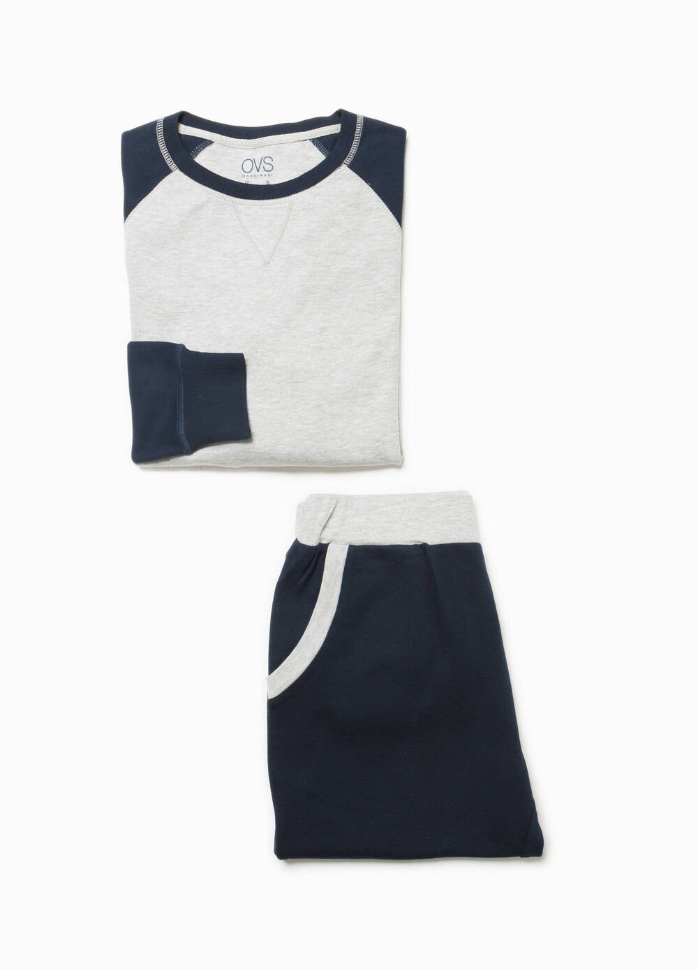 Cotton blend pyjamas with raglan sleeves