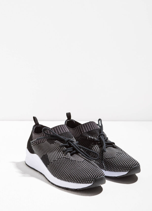 Sneakers with knitted upper