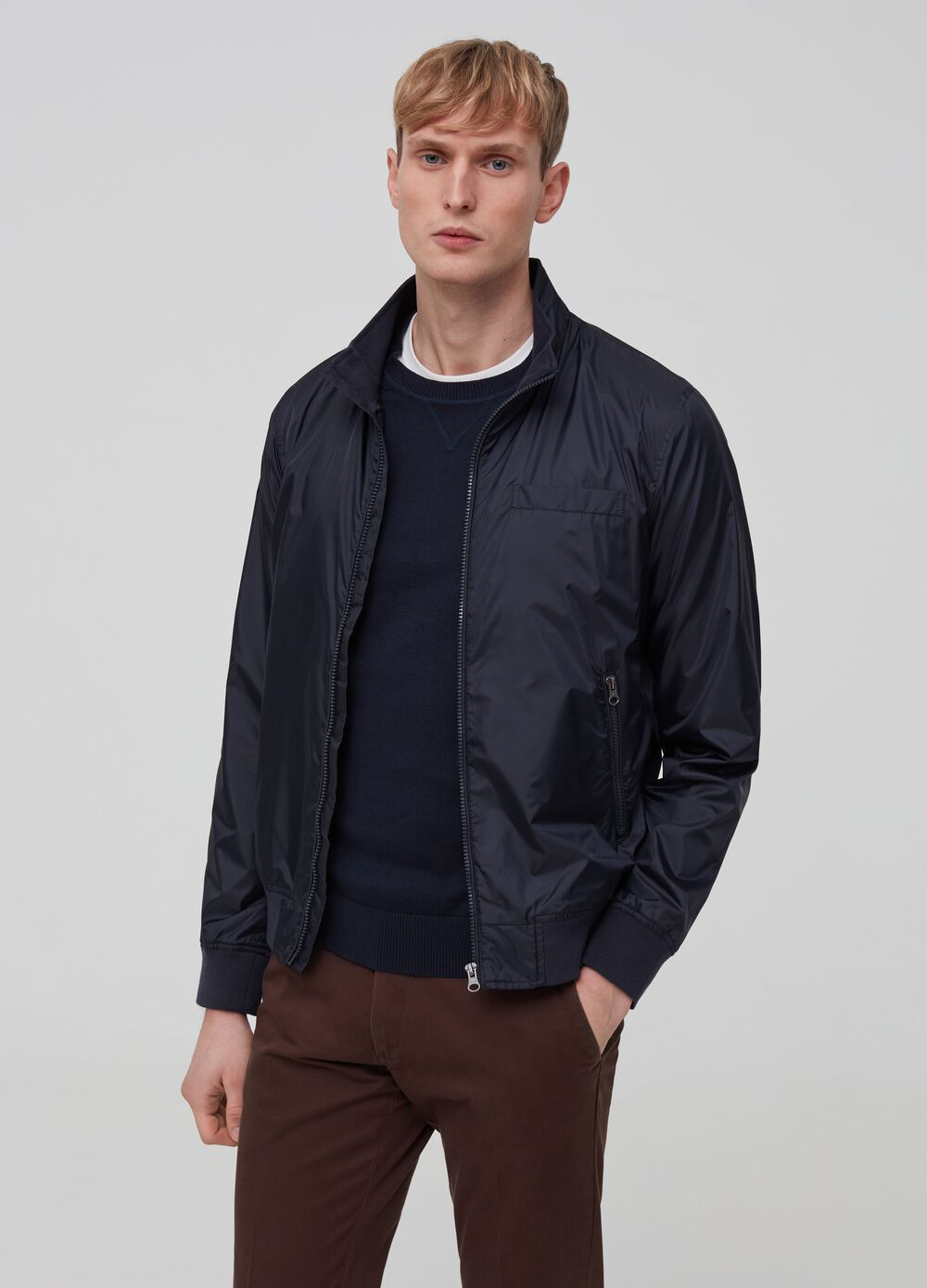 Solid colour lightweight jacket