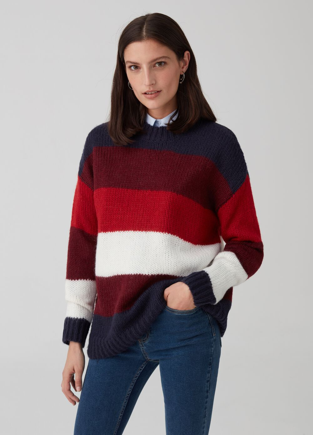 Knitted top with stripes and ribbing