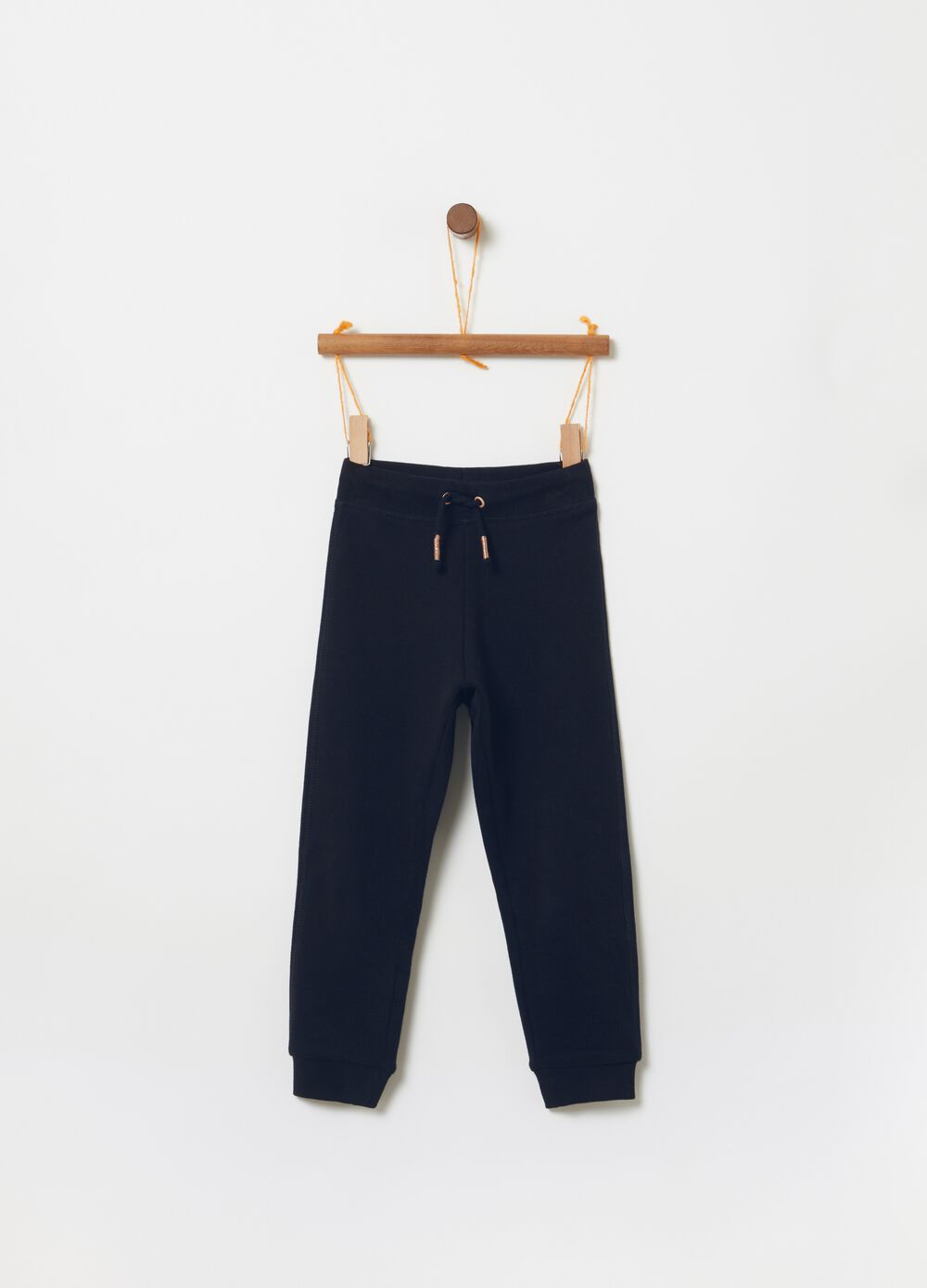 Jogger trousers in 100% cotton with drawstring