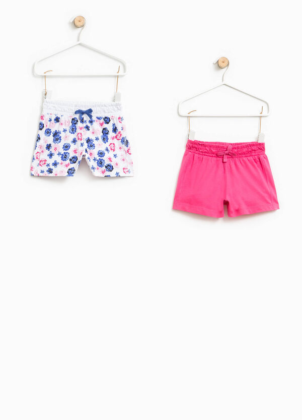 Pack de dos shorts en color liso y con estampado floral | OVS