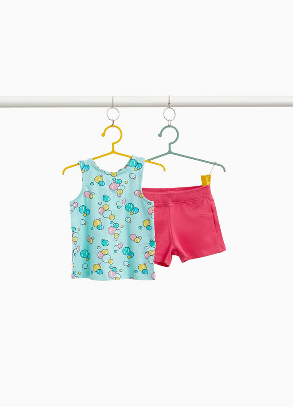 Stretch top and shorts outfit with bubbles