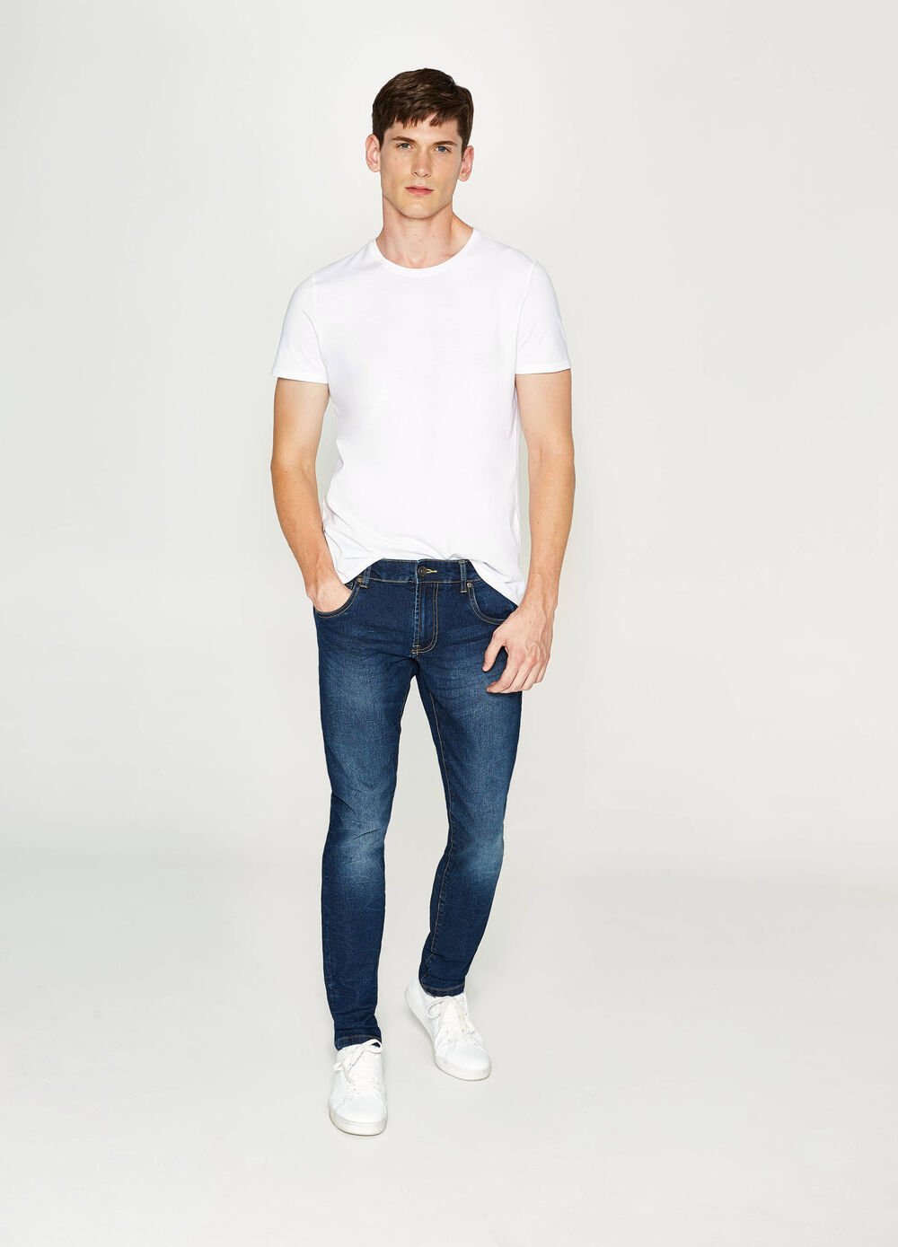 Jean slim fit stretch effet usé