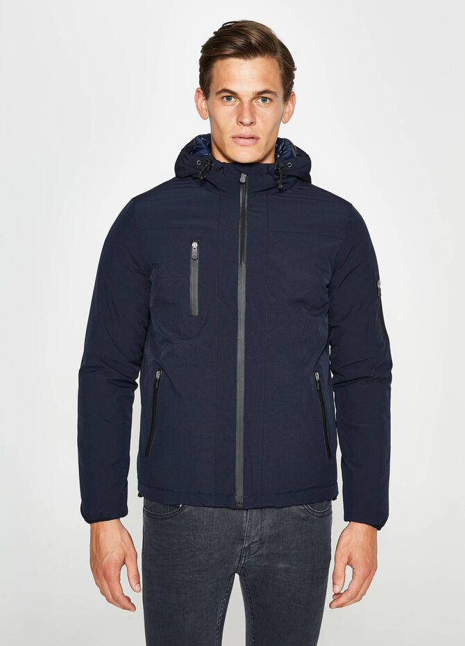 Stretch jacket with hood