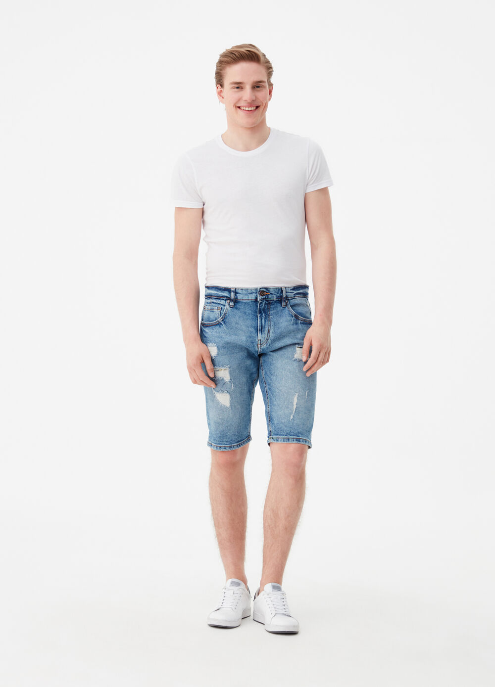 Vintage-wash straight-fit denim shorts