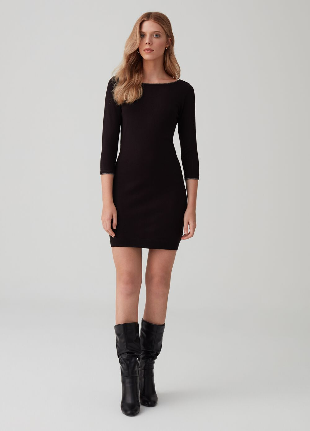 Tube dress with three-quarter sleeves