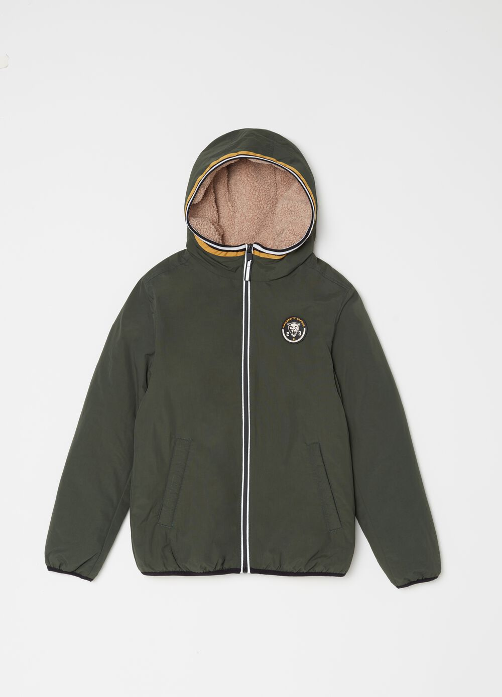 Windbreaker with patch and rubber zip
