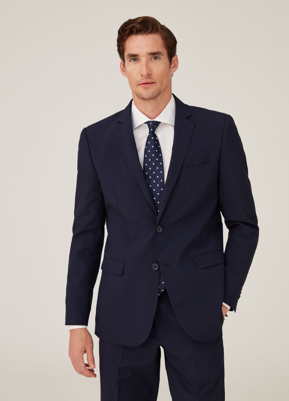 Two-button solid colour blazer with lapels