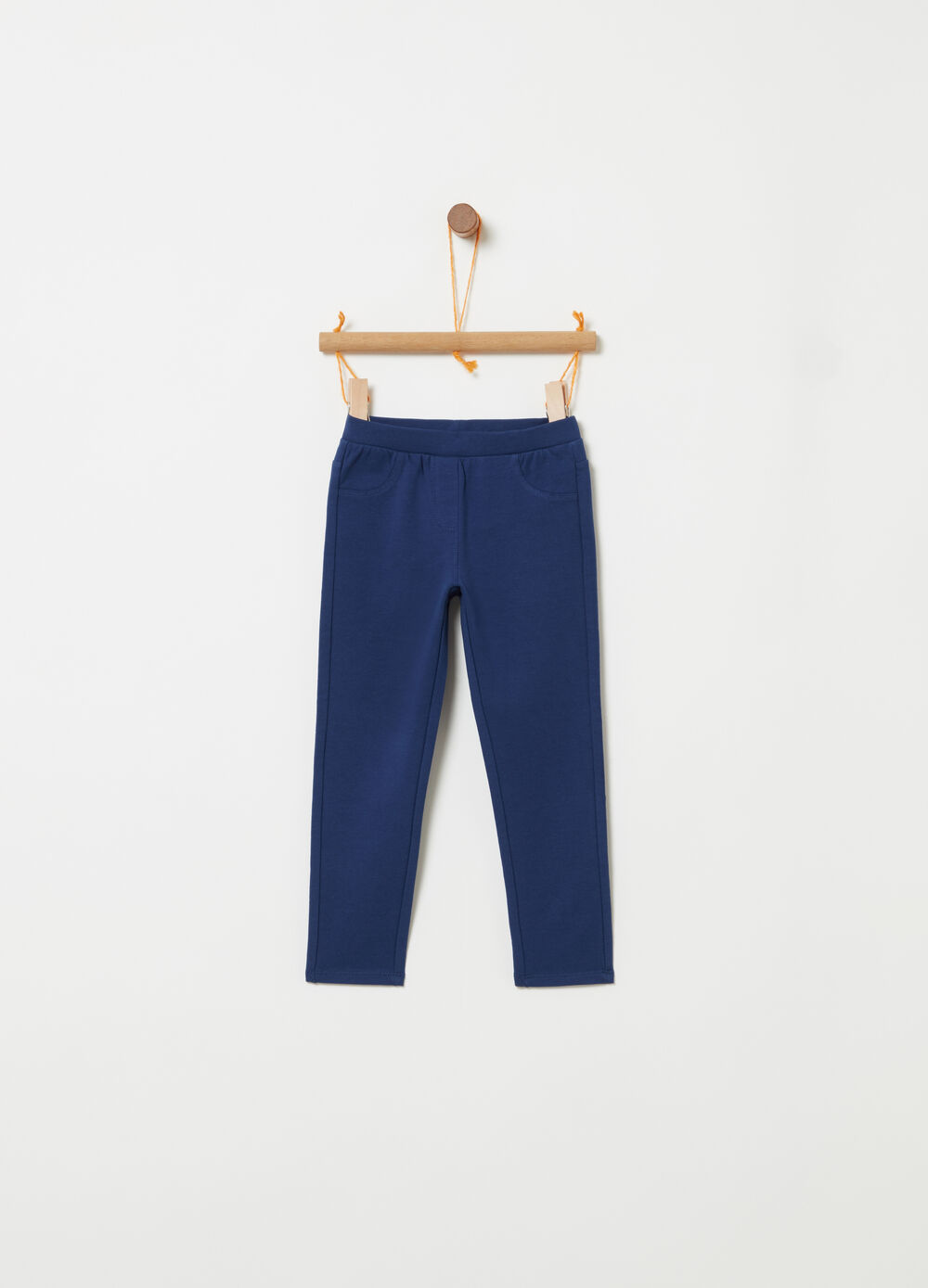 Fitted trousers in lightweight fleece
