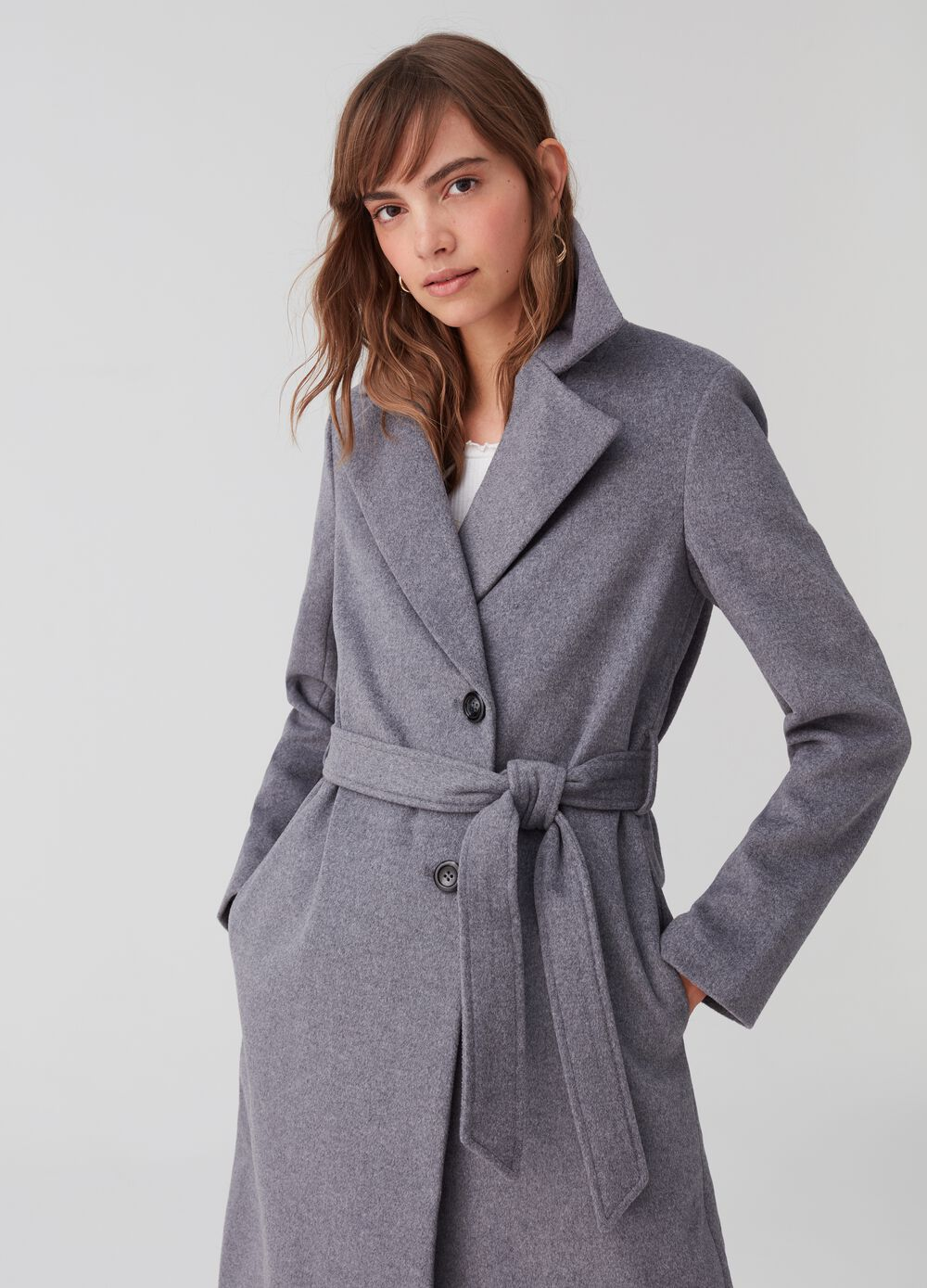 Wool blend coat with lapels and belt