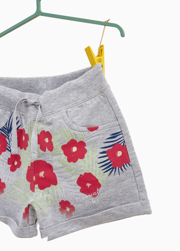 Mélange shorts with floral print