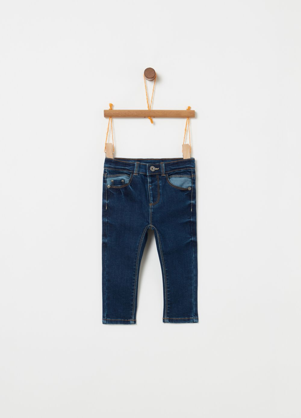 Regular-fit stretch jeans with contrasting finishes