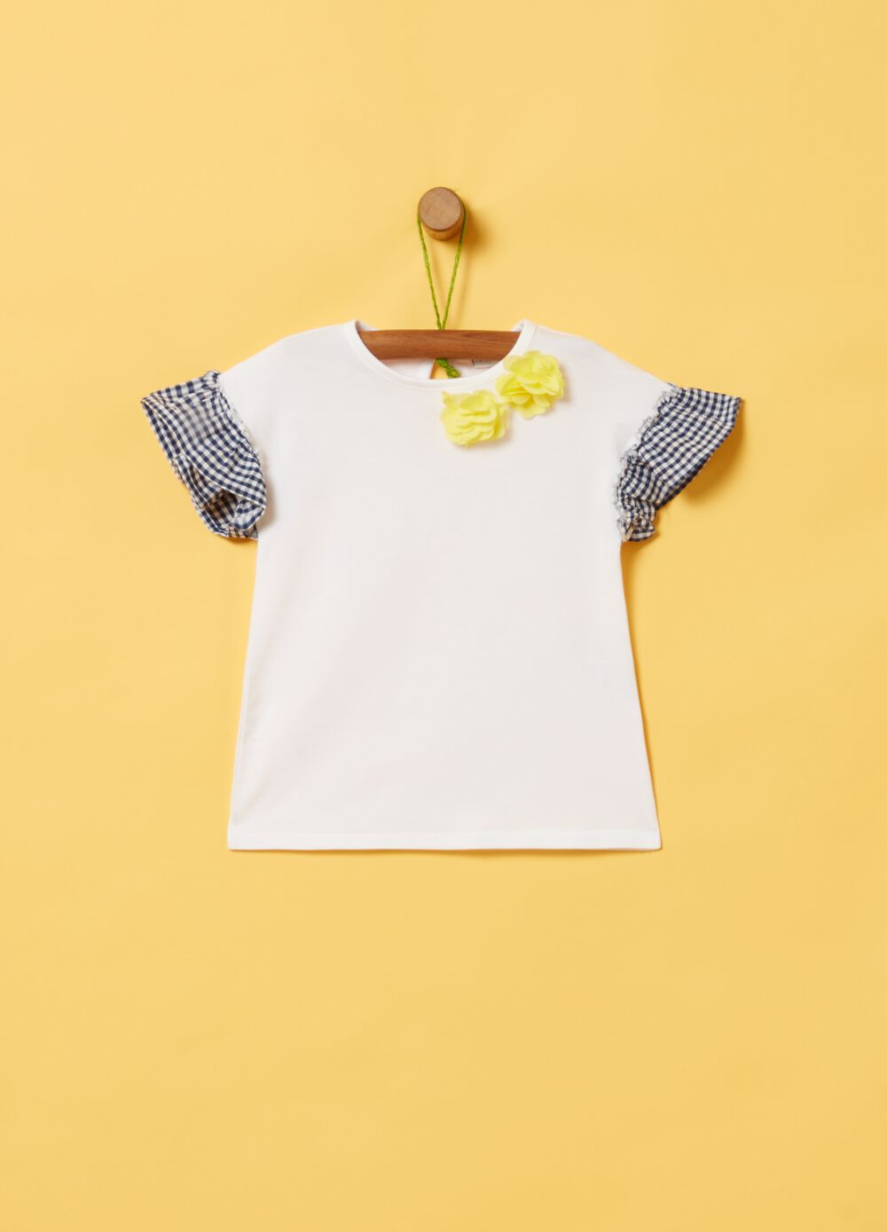 Organic cotton T-shirt with small flowers