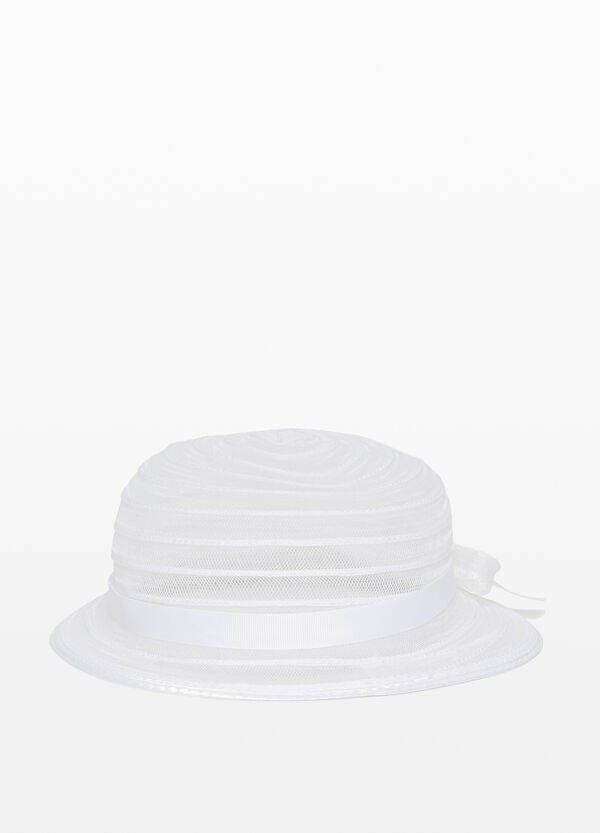 Mesh hat with wide brim