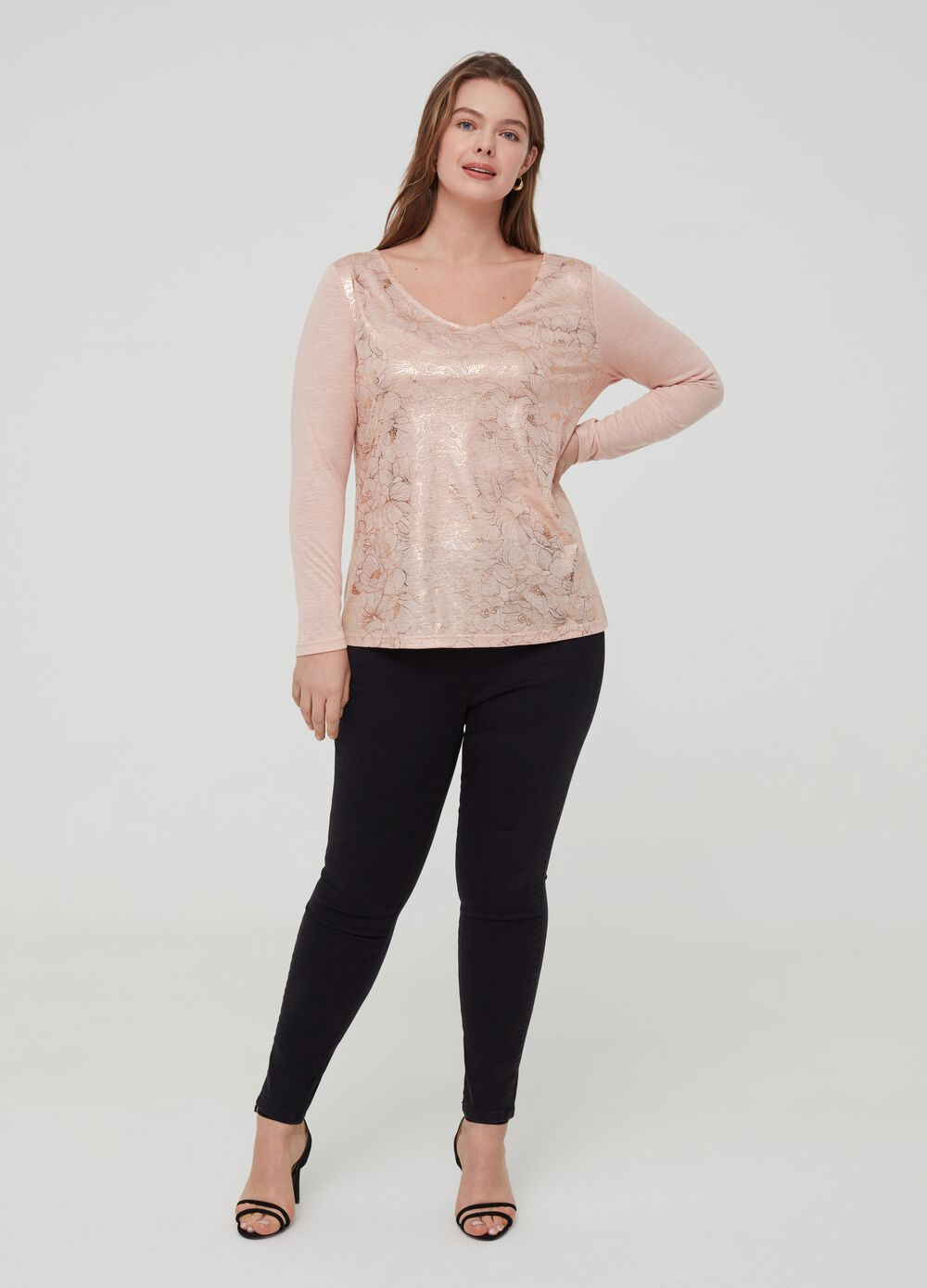 Curvy T-shirt with floral print