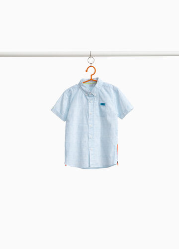 Cotton shirt with short sleeves