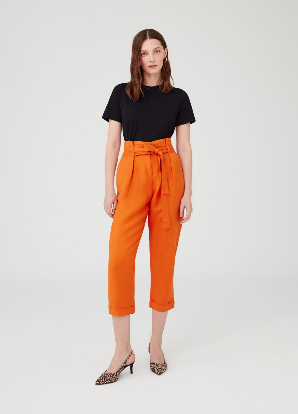 Carrot-fit crop trousers with sash and fold