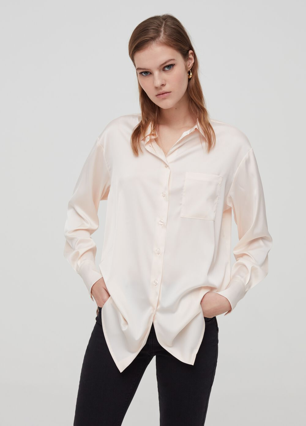 Satin shirt with pocket