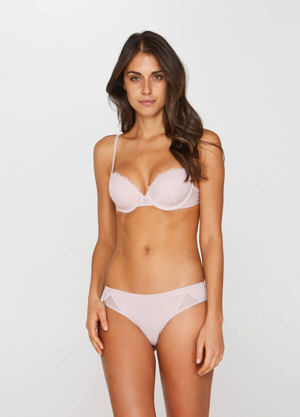 Padded stretch bra with underwire