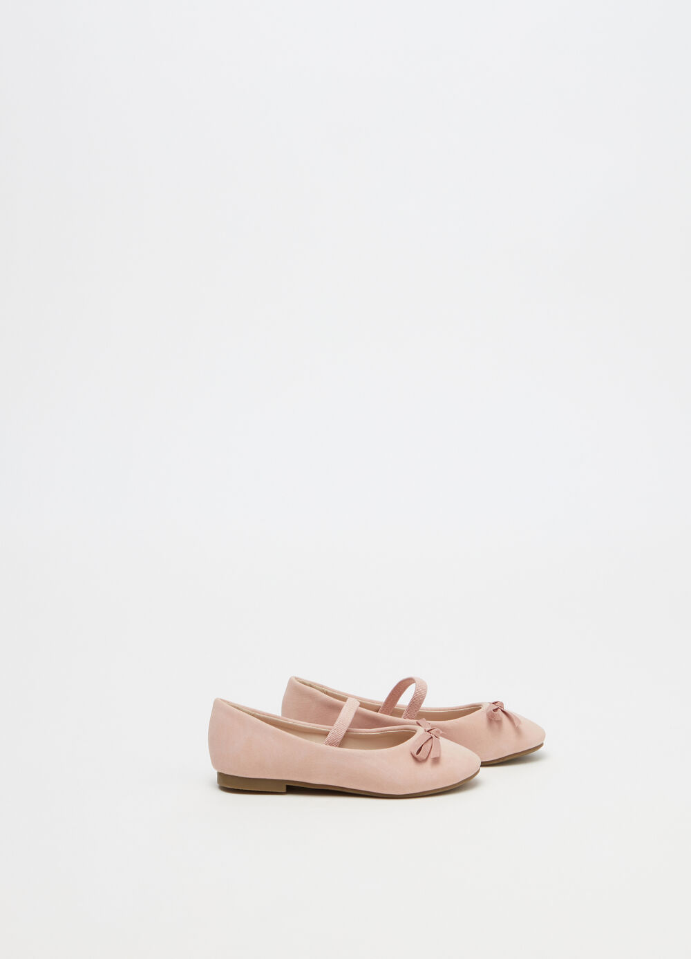 Ballerina flats with strap and bow
