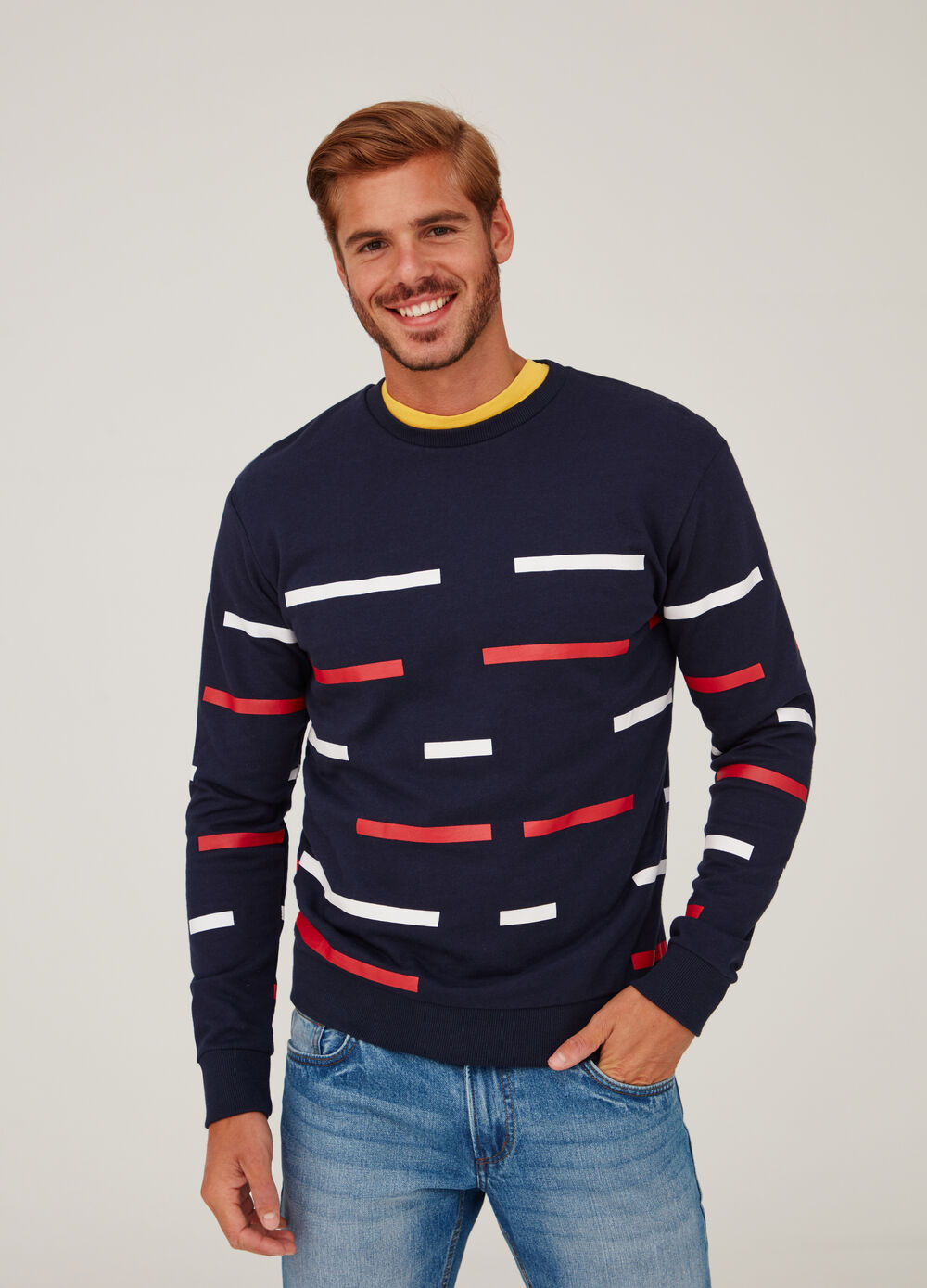 Sweatshirt with geometric pattern and round neck