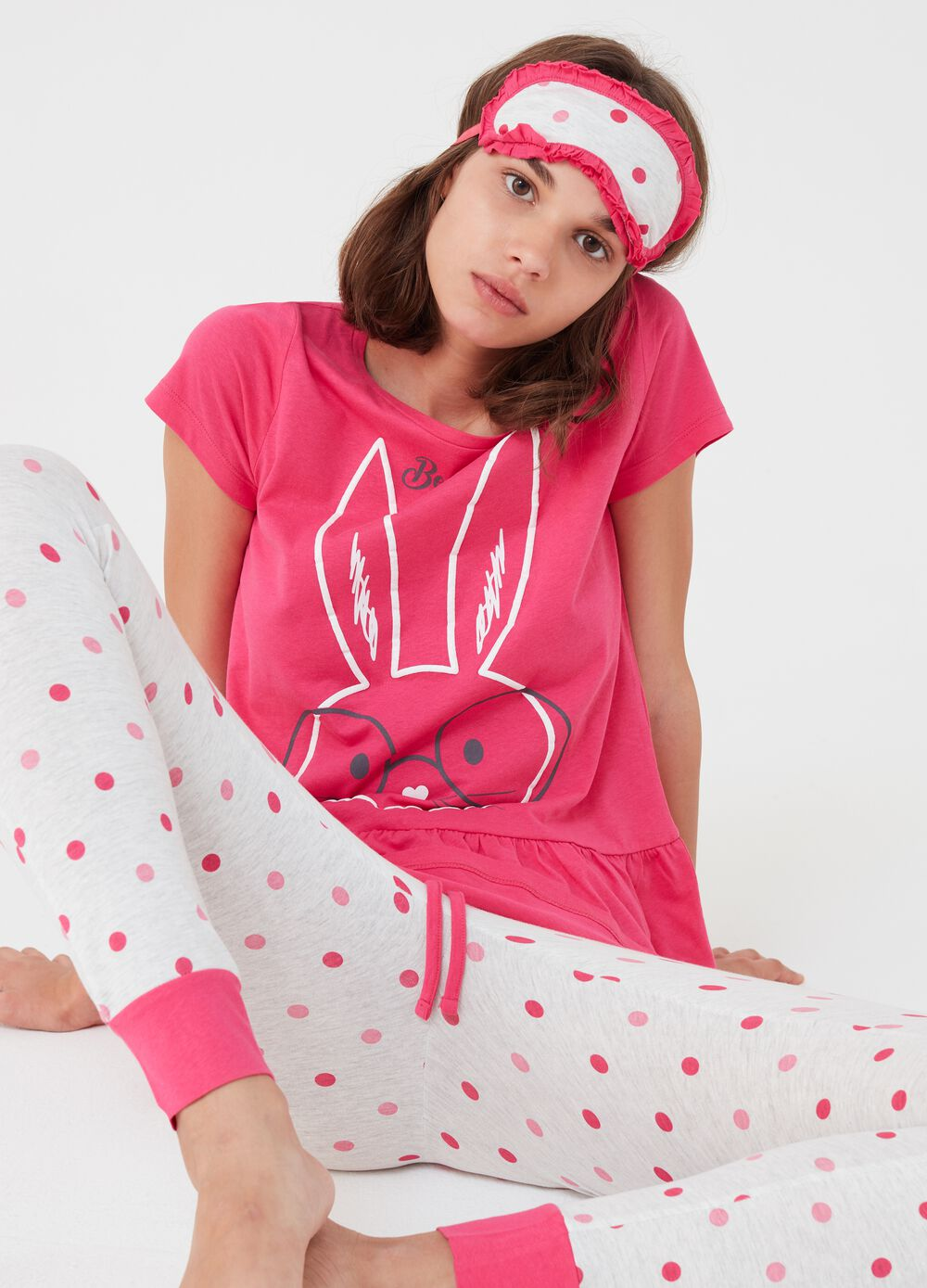 Pyjamas with mask print and polka dots