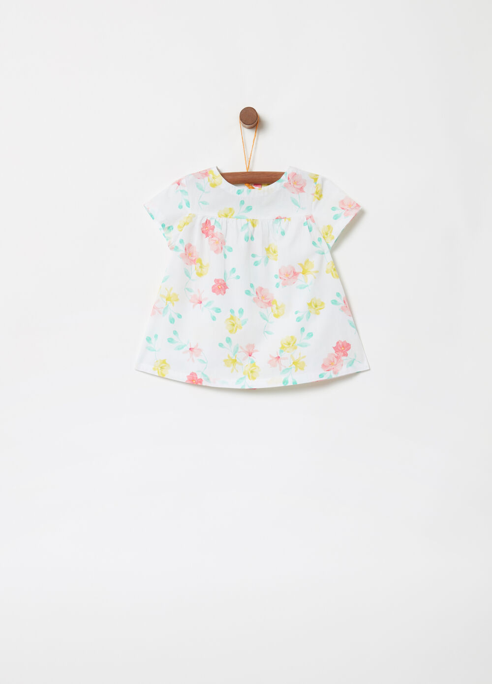 BCI shirt with floral buttons