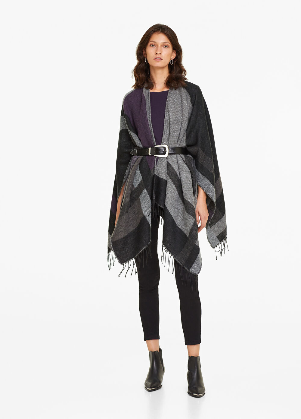 Fringe-edging check pattern poncho