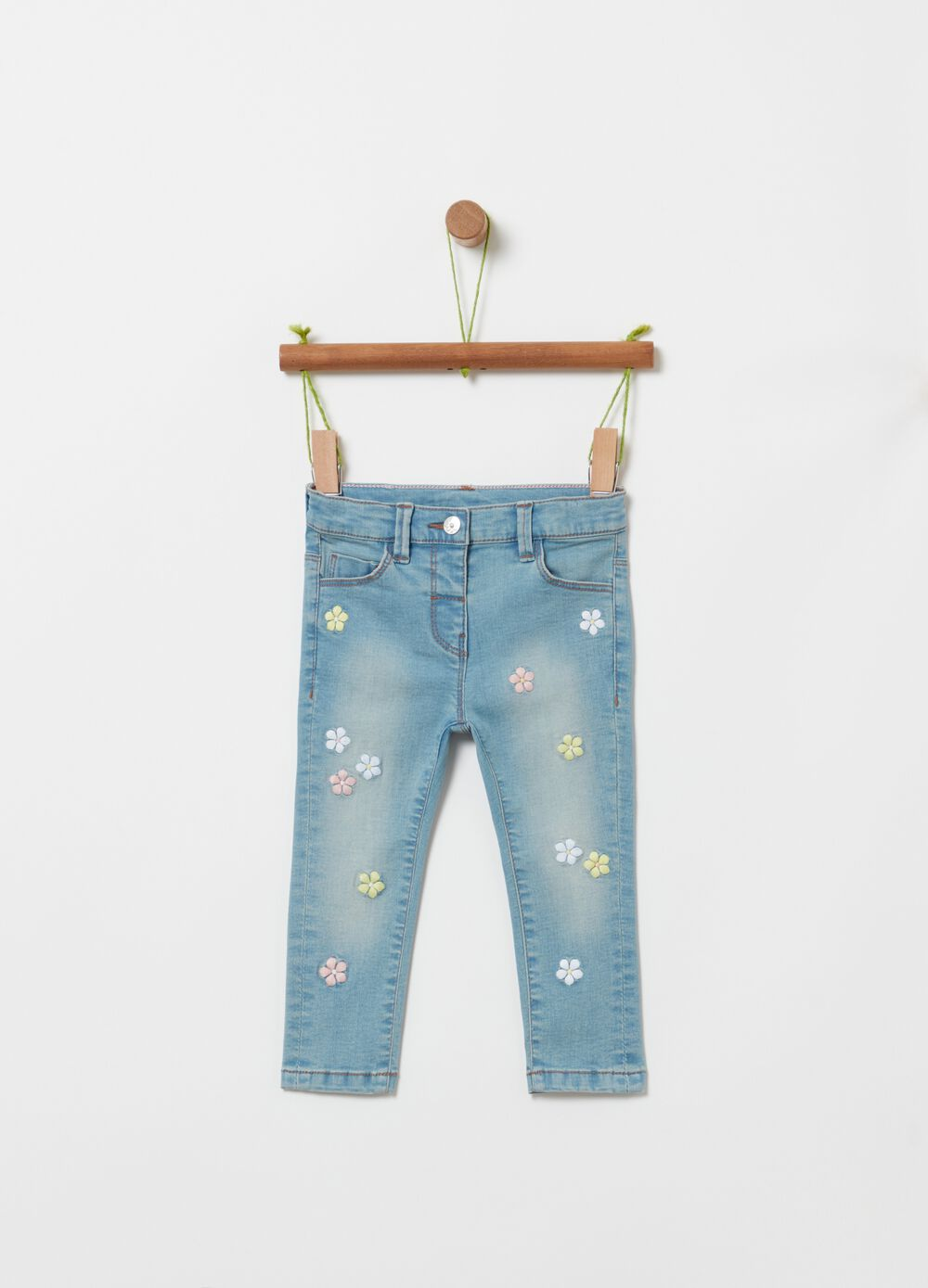 Slim-fit jeans with embroidery