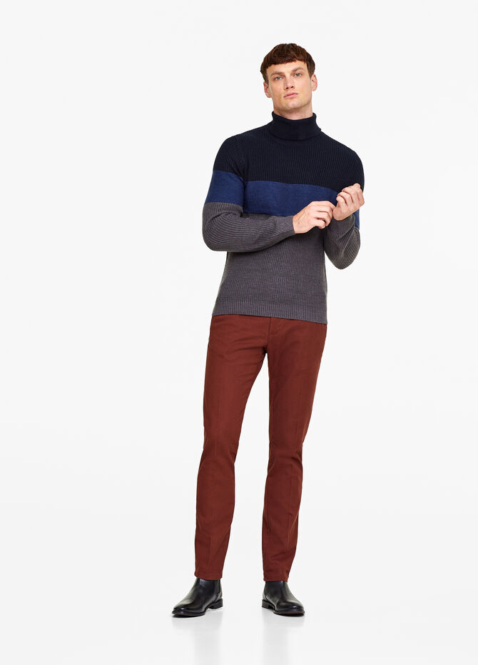 Knitted turtleneck jumper with striped pattern