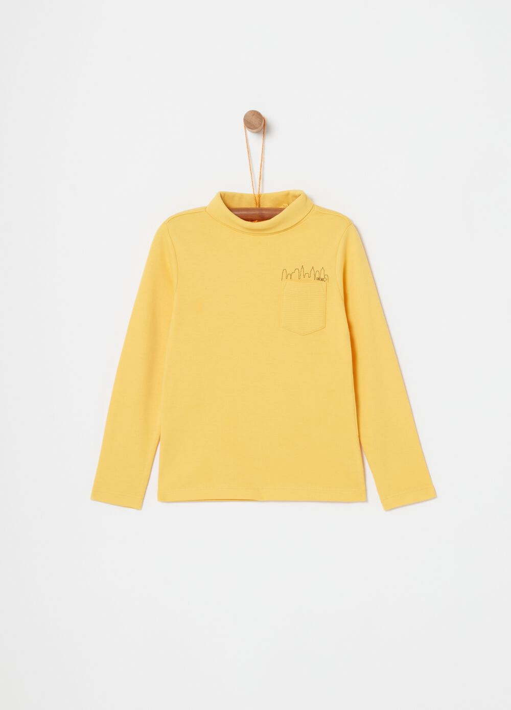 Long-sleeved T-shirt with pockets