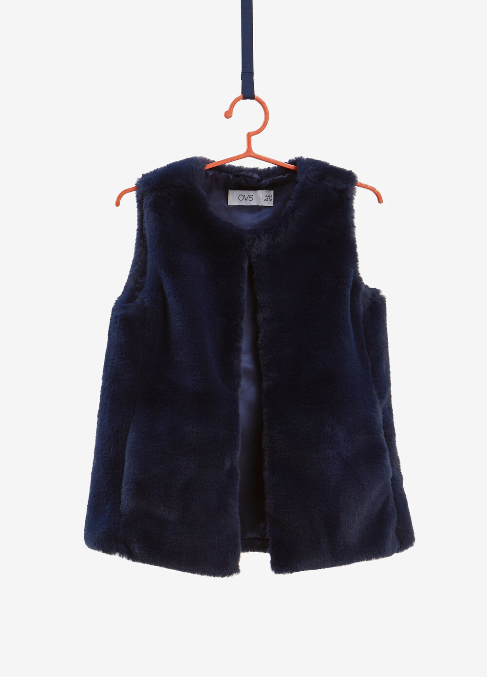 Solid colour faux fur gilet